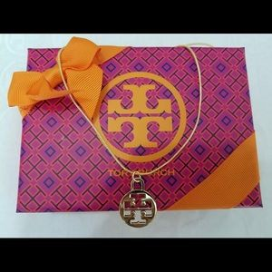 Tory Burch charm necklace NWT in box